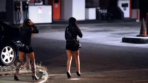Enquête : ces jeunes filles qui se prostituent