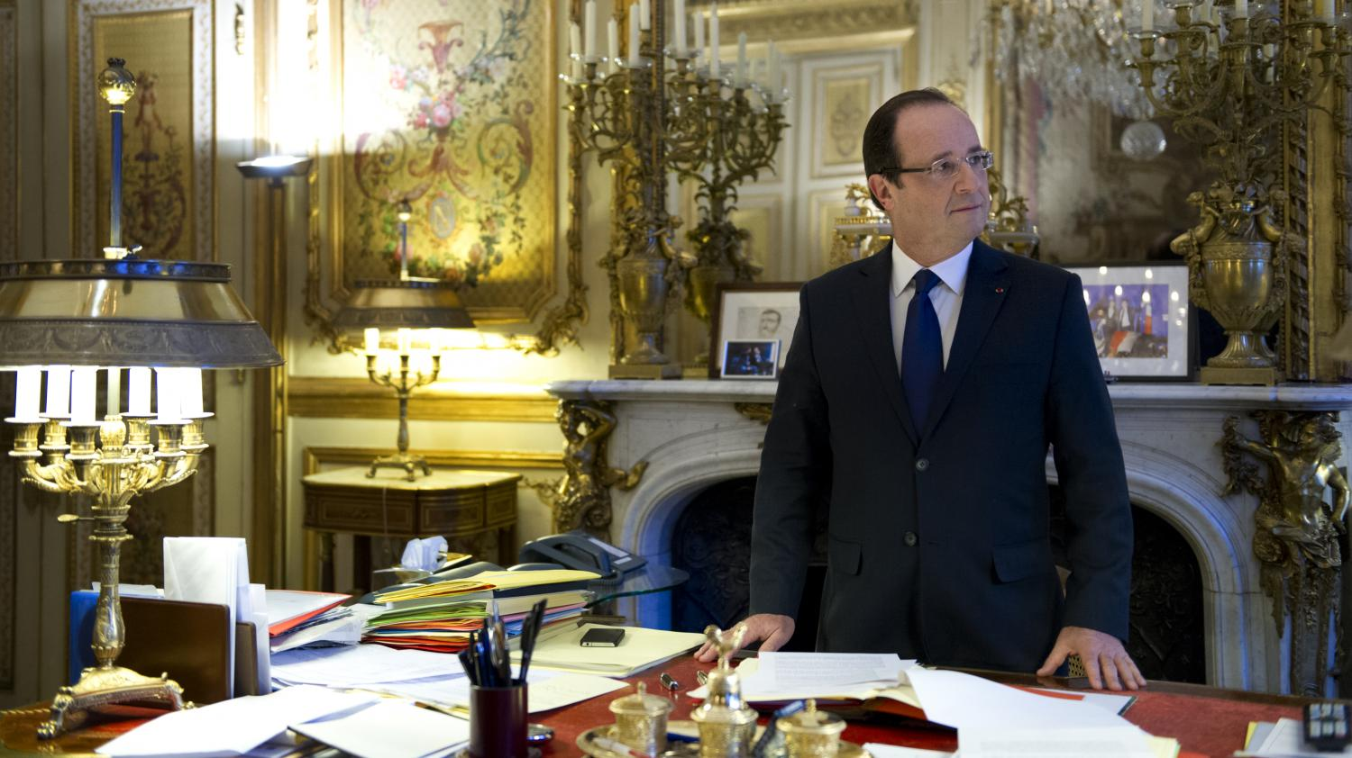 mitterrand chirac sarkozy hollande chacun son cabinet noir. Black Bedroom Furniture Sets. Home Design Ideas