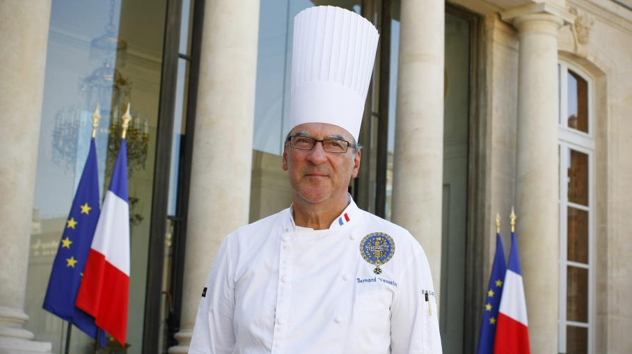 Video dernier jour dans les cuisines de l 39 elys e pour le for Cuisinier elysee livre