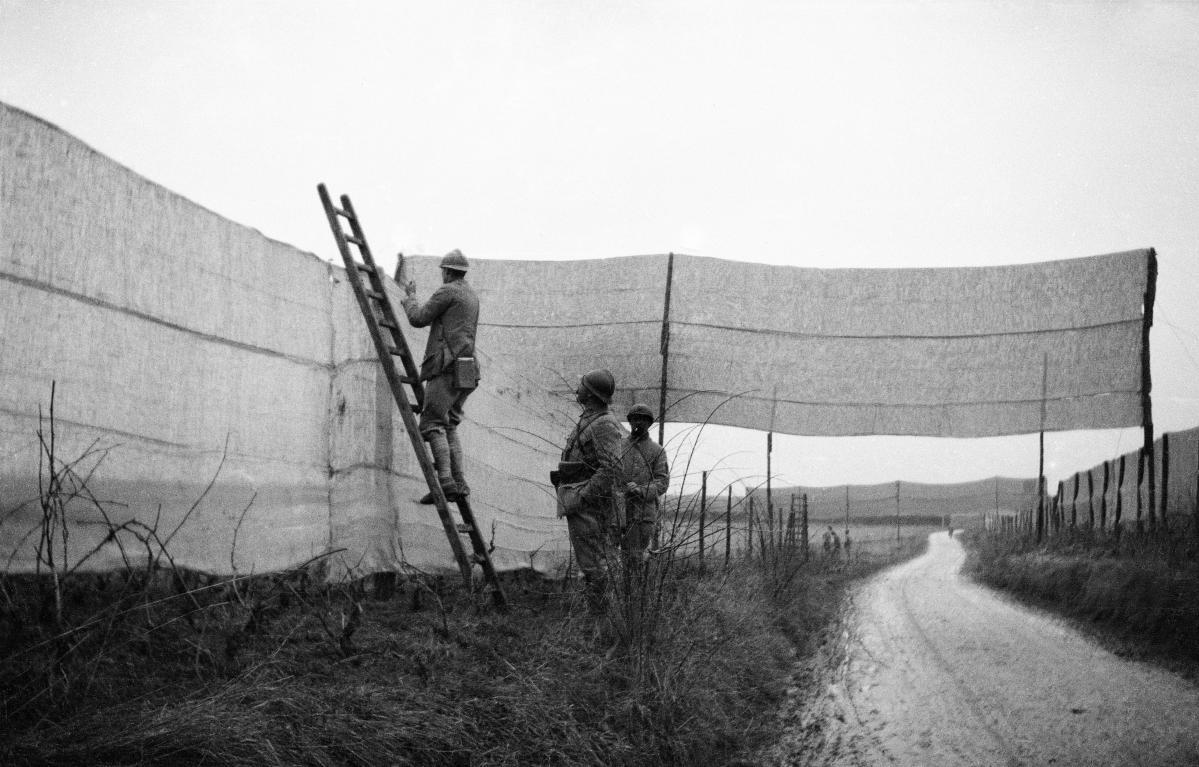 Cadavres poux et rugby la grande guerre vue par un for Prisonniers du miroir