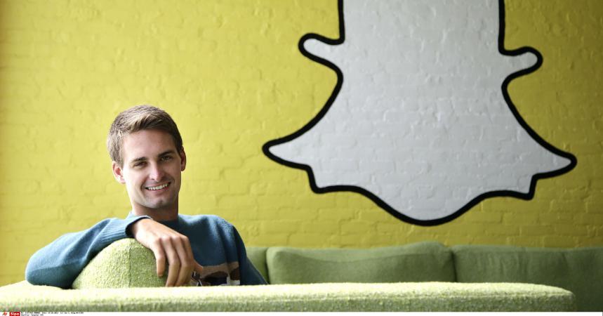 facebook a t il raison de vouloir racheter snapchat pour 3 milliards de dollars. Black Bedroom Furniture Sets. Home Design Ideas