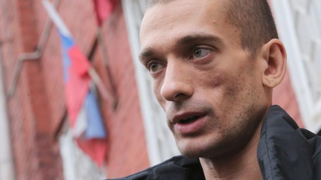 L'artiste russe Piotr Pavlenski le 11 novembre 2013 à Moscou.