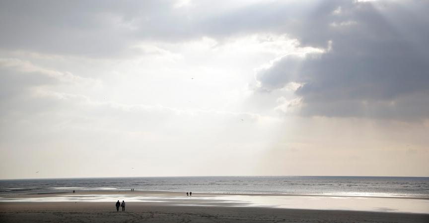 l 39 enfant retrouv mort sur la plage de berck sur mer est une fille. Black Bedroom Furniture Sets. Home Design Ideas