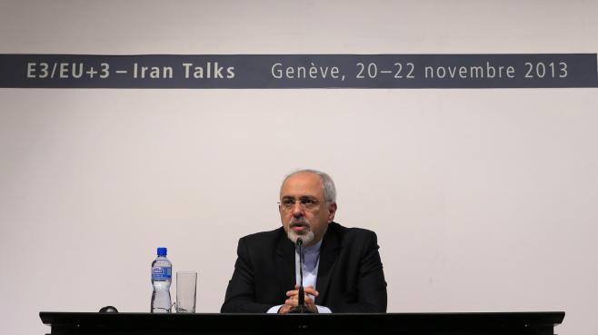 Le ministre iranien des Affaires étrangères, Mohammad Javad Zarif, lors d'une conférence de presse, après l'accord trouvé sur le nucléaire iranien, le 24 novembre 2013 à Genève (Suisse).