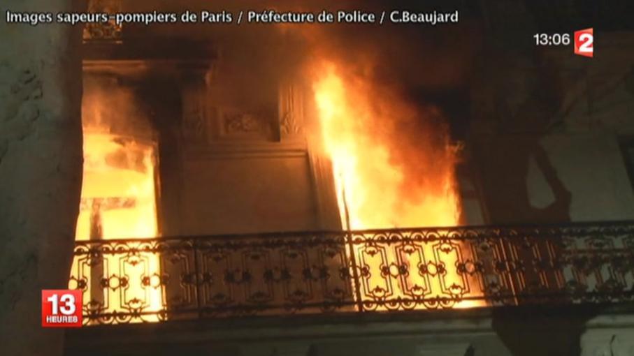 paris 7 bless s l gers dans l 39 incendie d 39 un immeuble en replay 20 d cembre 2013. Black Bedroom Furniture Sets. Home Design Ideas