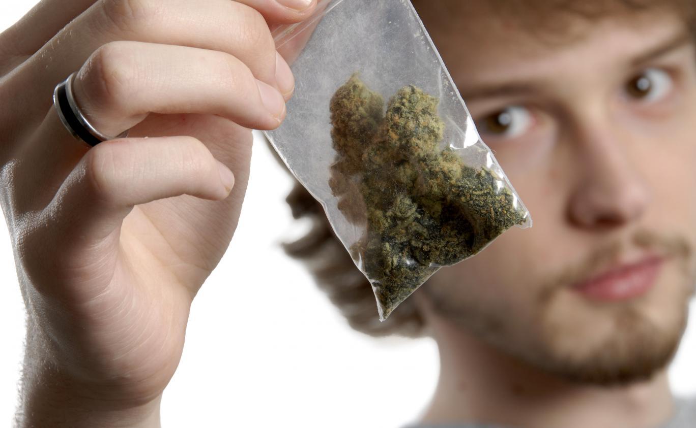 fumeurs de cannabis datant du Royaume-Uni gay rencontres