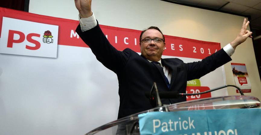 92dbf6f4e7c5 Le candidat PS  agrave  Marseille, Patrick Mennucci, le 20 octobre 2013   agrave