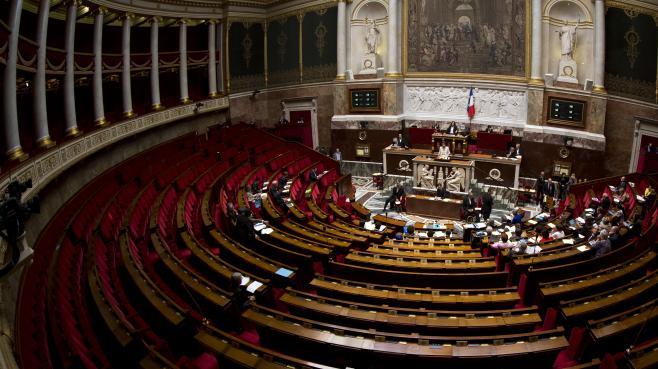 Les députés ont voté, dans la nuit du lundi 24 au mardi 25 février 2014, un texte renforçant l'encadrement des stages.
