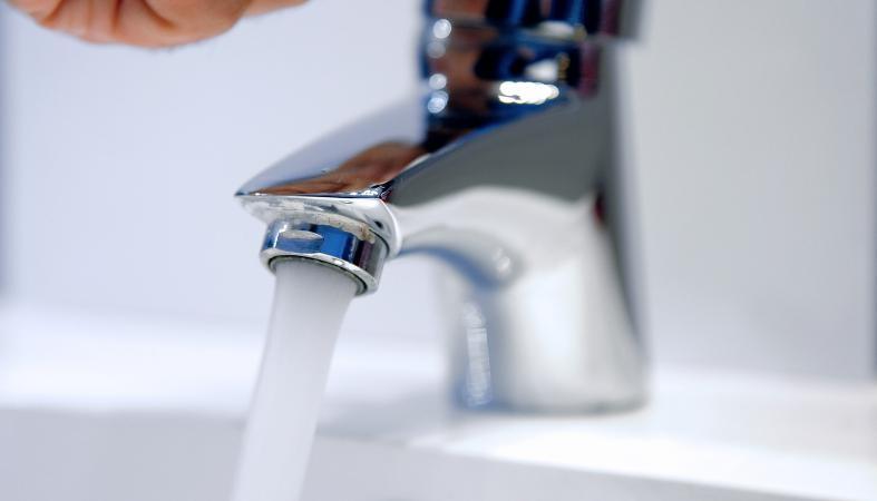 Veolia et Saur condamnés à nouveau — Débit d'eau réduit