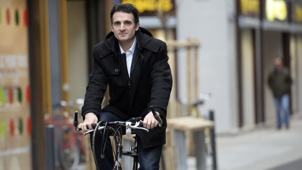 Municipales 2020 : à Grenoble, le maire sortant Eric Piolle largement en tête des intentions de vote, selon un sondage