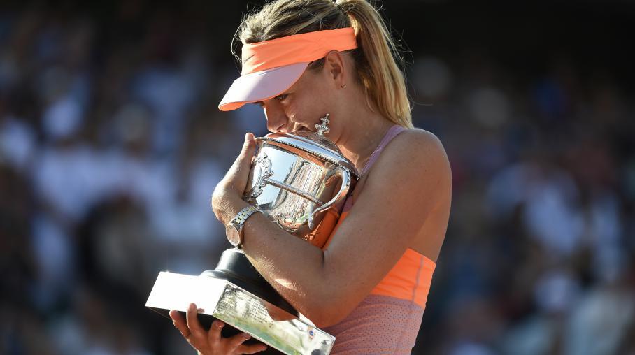 Roland-Garros : Maria Sharapova remporte la finale face à Simona Halep