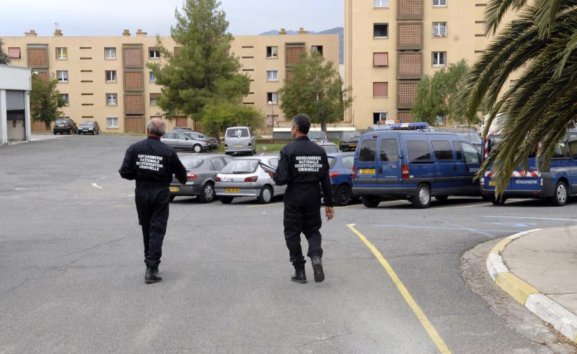 Une gendarmerie mitraill e bastia durant la visite du for Gendarmerie interieur