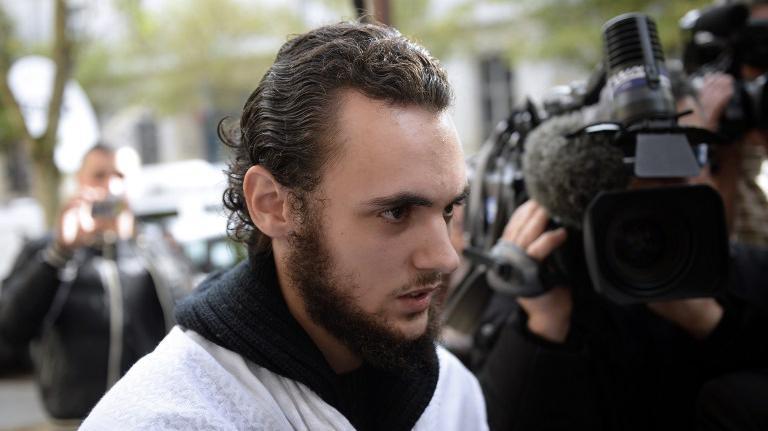 Michaël Khiri lors de sa comparution au tribunal de Versailles en première instance, le 20 septembre 2013.