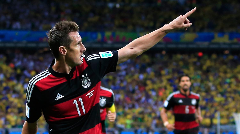 Avec 16 buts l 39 allemand miroslav klose devient le - Meilleur buteur coupe du monde 1994 ...