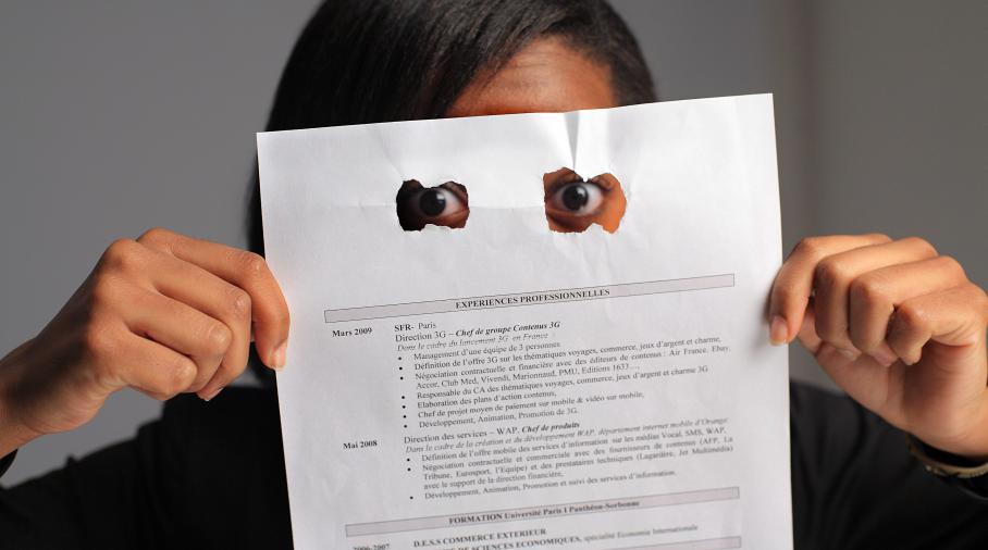 discriminations   le conseil d u0026 39 etat ordonne de mettre en  u0153uvre la loi sur le cv anonyme