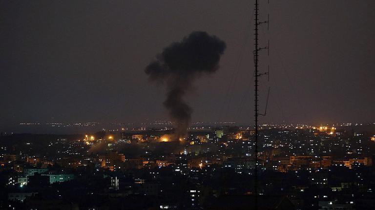 Des tirs aériens israéliens ont tué 15 Palestiniens, samedi 12 juillet 2014.