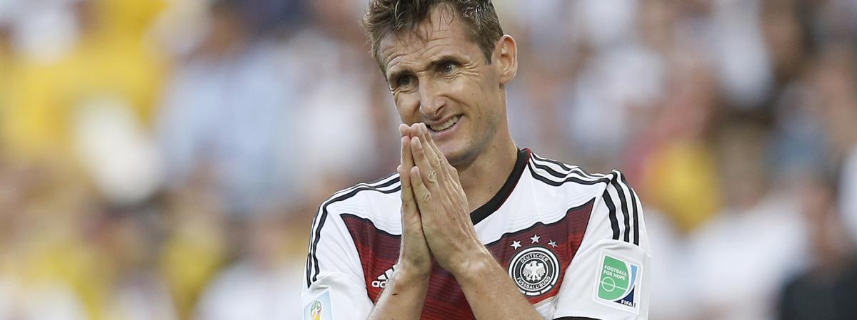 Foot l 39 allemand klose meilleur buteur en coupe du monde - Meilleur buteur coupe du monde 1994 ...