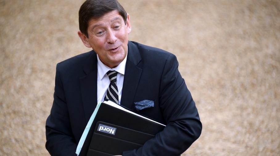 video  six nouvelles t u00eates au premier conseil des ministres du gouvernement valls 2