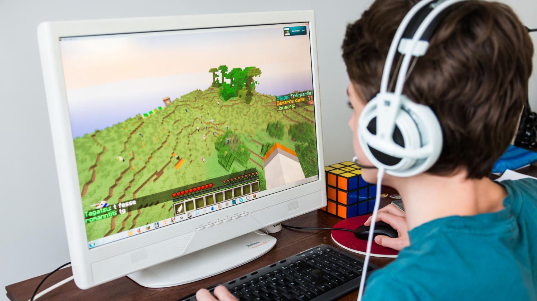 Le Studio Qui A Cr 233 233 Quot Minecraft Quot Rachet 233 Par Microsoft