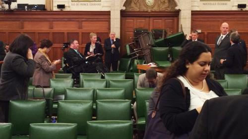 video lattaque du parlement dottawa filmee par les cameras de surveillance