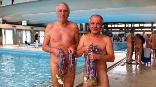 video un tournoi international de natation naturiste reunit 230 nageurs a mulhouse