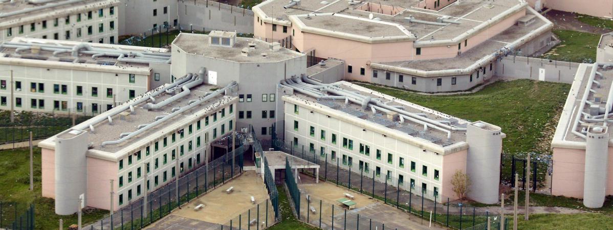 un d tenu abattu devant la prison de luynes aix en provence