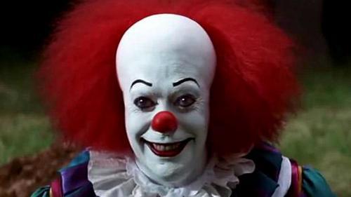 halloween pire que le mort vivant le clown