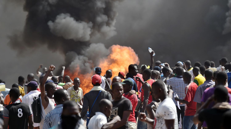 Pourquoi le Burkina Faso s'embrase