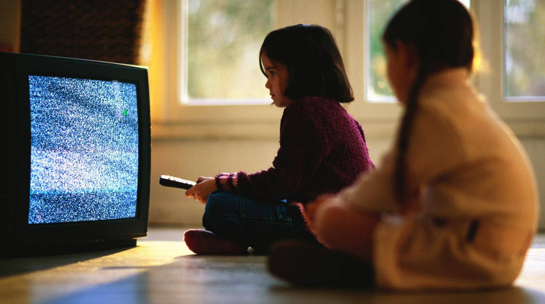 quels sont les vrais dangers des crans pour vos enfants. Black Bedroom Furniture Sets. Home Design Ideas