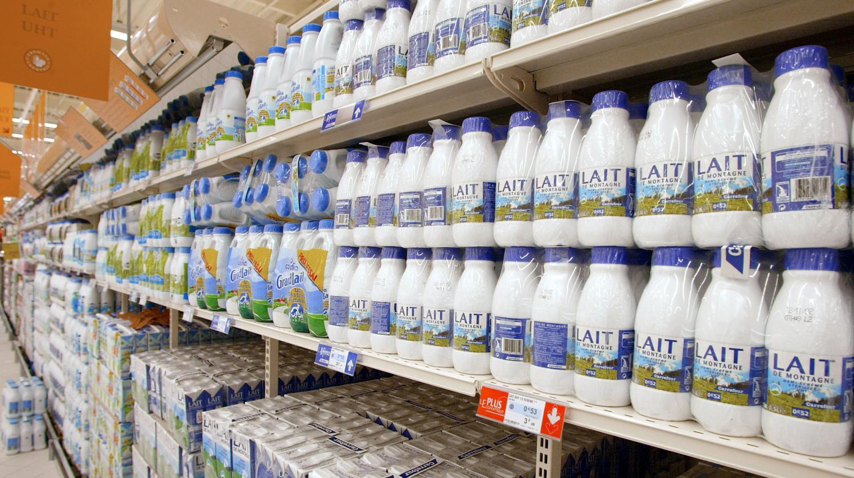 video la lait est il vraiment bon pour les os. Black Bedroom Furniture Sets. Home Design Ideas