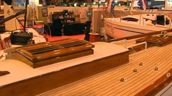 Video paris le salon nautique ouvre ses portes for Salon nautique lyon