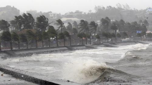 VIDEO. Philippines : 12 millions de personnes en état d'alerte après le passage d'un typhon