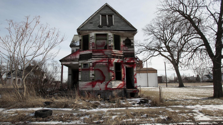 video detroit la destruction plut t que la r novation. Black Bedroom Furniture Sets. Home Design Ideas