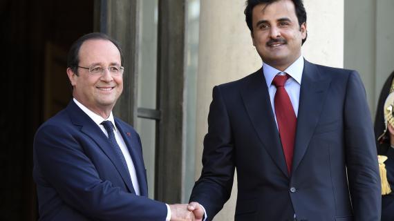 Le président François Hollande et l'émir du Qatar, le Cheikh Tamim ben Hamad Al-Thani, à l'Elysée, le 23 juin 2014.