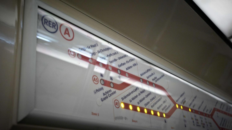 VIDEO. RER A : le trafic très perturbé après l'agression d'un ... - Francetv info