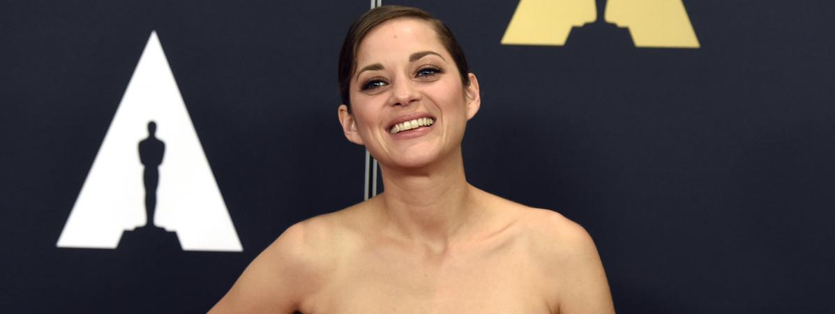 Oscar 2008 marion cotillard with a pervert - 1 2