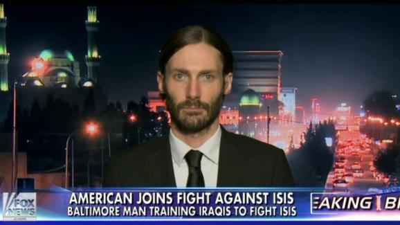 L'Américain Matthew VanDyke répond aux questions de la chaîne Fox News, le 23 février 2015.