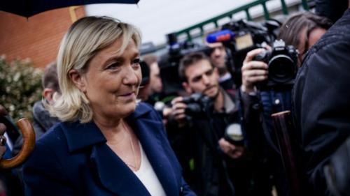 VIDEO. Départementales : Marine Le Pen dénonce 'des magouilles électorales'