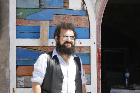 Giacomo Sferlazzo, du collectif Askavusa, le 22 avril 2015, à Lampedusa.