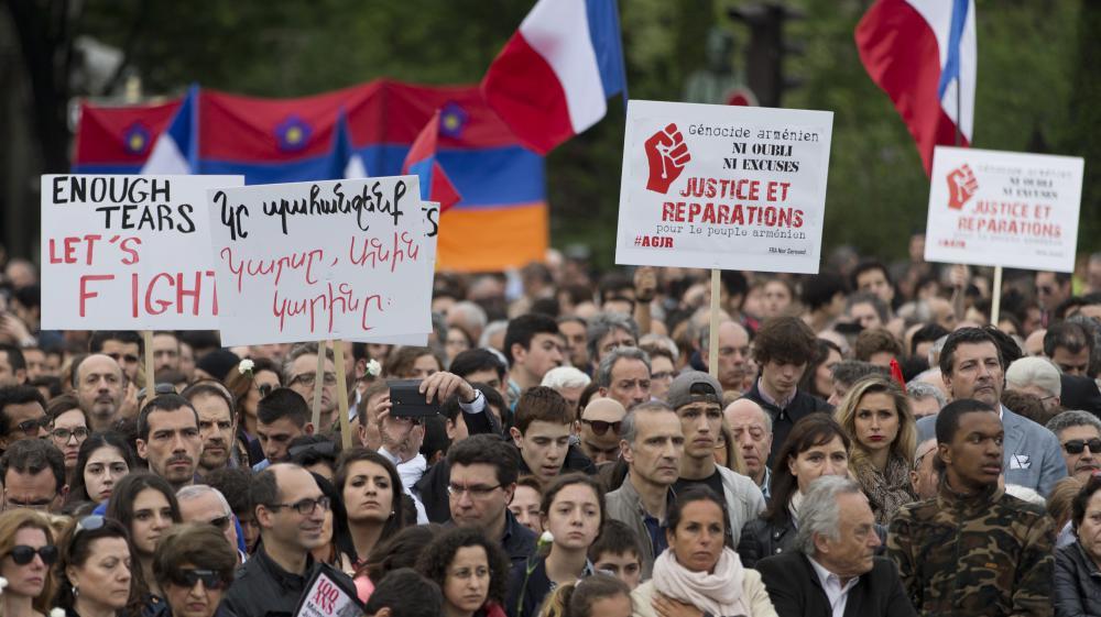 Génocide arménien : des milliers de personnes commémorent le centenaire à Marseille, Lyon et Paris