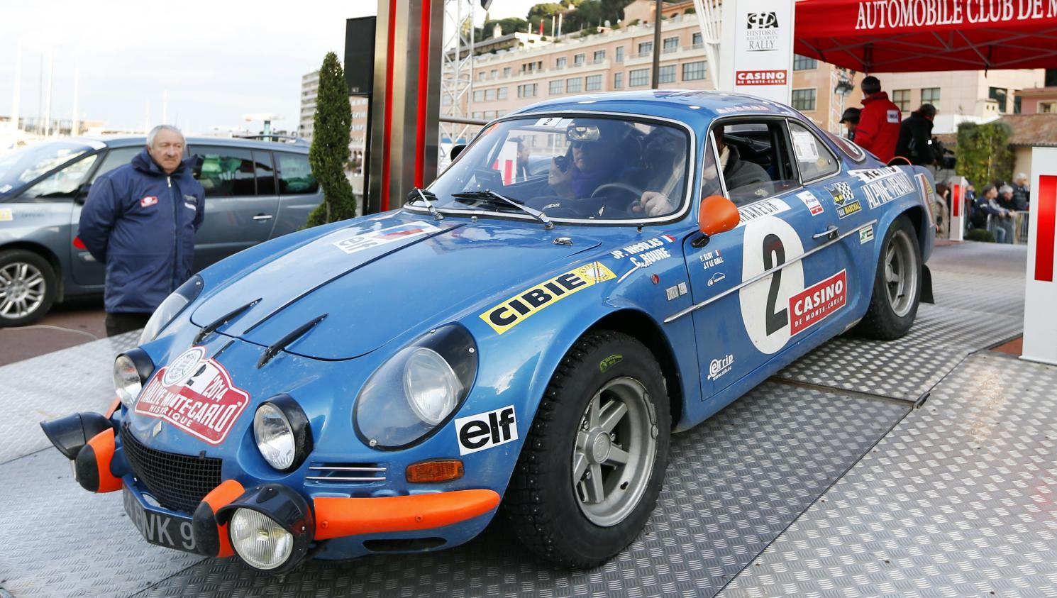 Automobile la d couverte de l 39 atelier qui restaure les for Garage alpine orthez