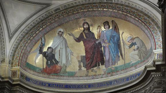 Mosaïque d'Ernest Hébert (1817-1908) représentant le Christ en majesté dans l'abside du Panthéon.