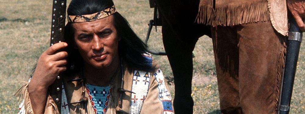 """Mort de l'acteur français Pierre Brice, l'Indien """"Winnetou"""" pour les  Allemands"""