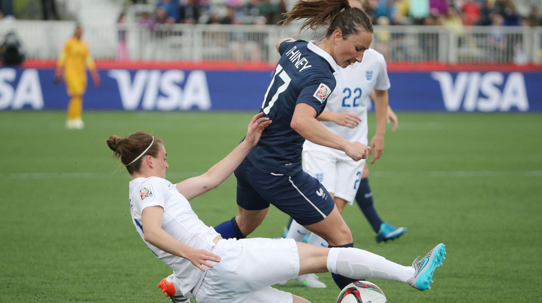 Coupe du monde de foot f minin la france bat l 39 angleterre 1 0 en poules - Coupe europe foot feminin ...
