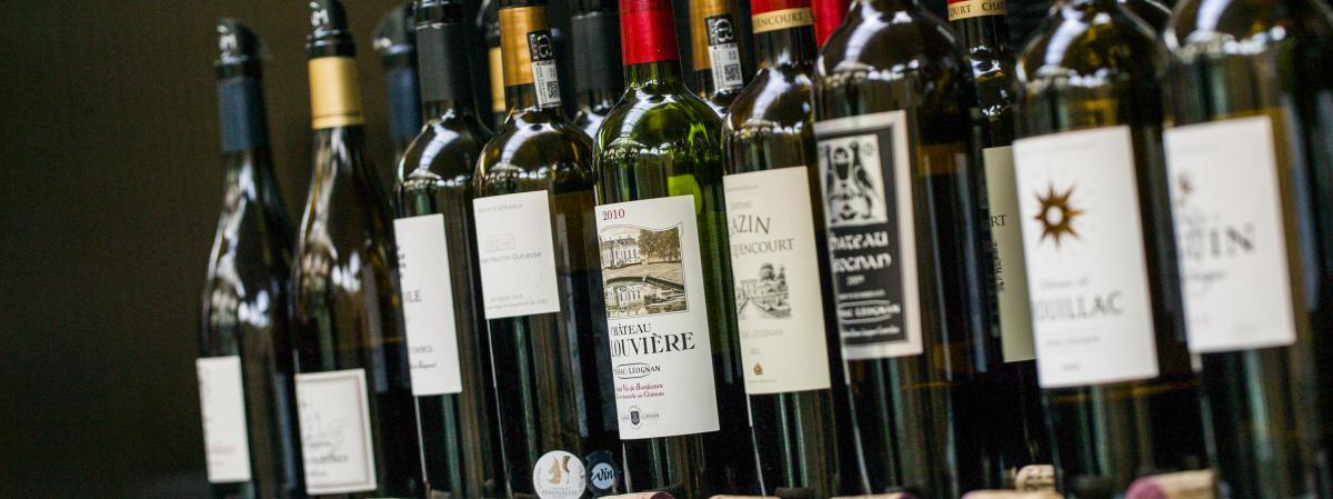Les arnaques aux placements dans le vin pullulent sur internet