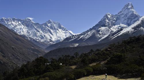 Le roi de l'Everest est un sherpa népalais de 49 ans