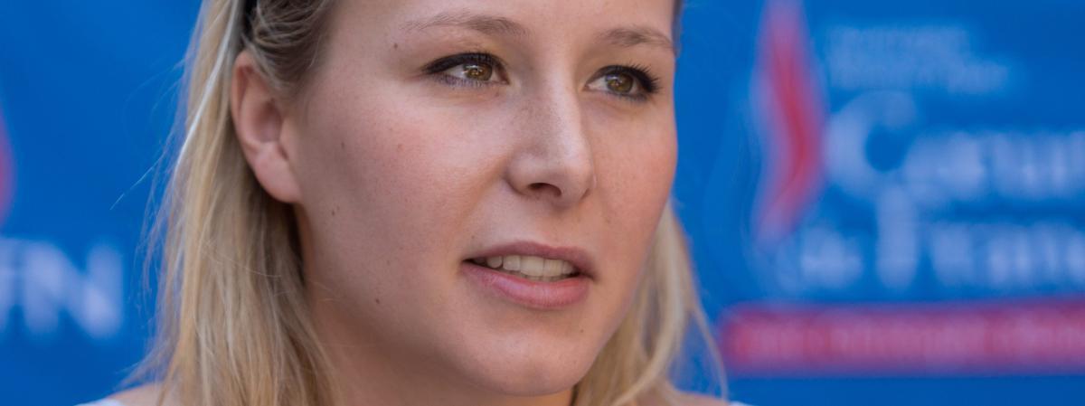 Marion Maréchal-Le Pen participe au lancement de la campagne pour les régionales du candidat FN en Rhône-Alpes Christophe Boudot, le 6 juin 2015 à Ars-sur-Formans (Ain).