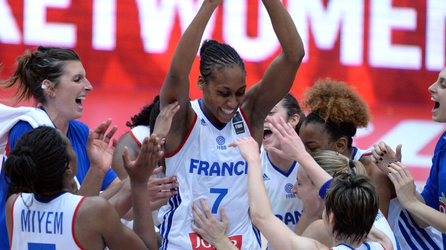 Championnat d 39 europe de basket f minin la france bat la russie 77 74 et se qualifie en demi - Coupe d europe basket feminin ...