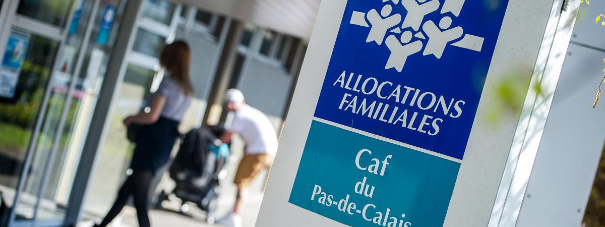 Allocation Familiale: La Baisse Des Allocations Familiales Pour Les Ménages