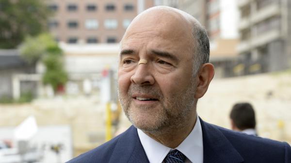 """4 vérités : Pierre Moscovici : """"Je ne partage pas les convictions d'Arnaud Montebourg"""""""